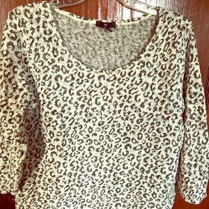 Gap leopard sweater